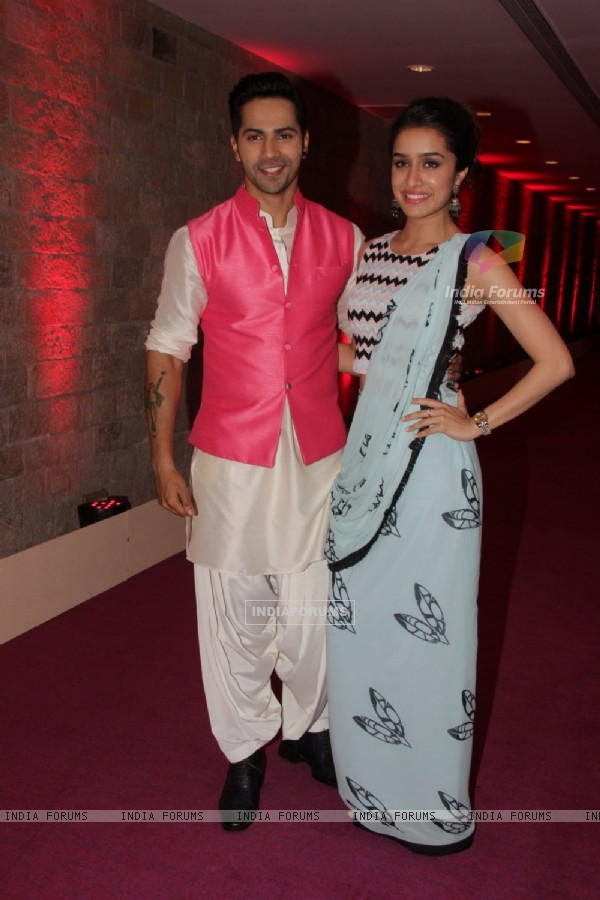Varun Dhawan and Shraddha Kapoor Promotes ABCD 2 on Indian Idol Junior Season 2