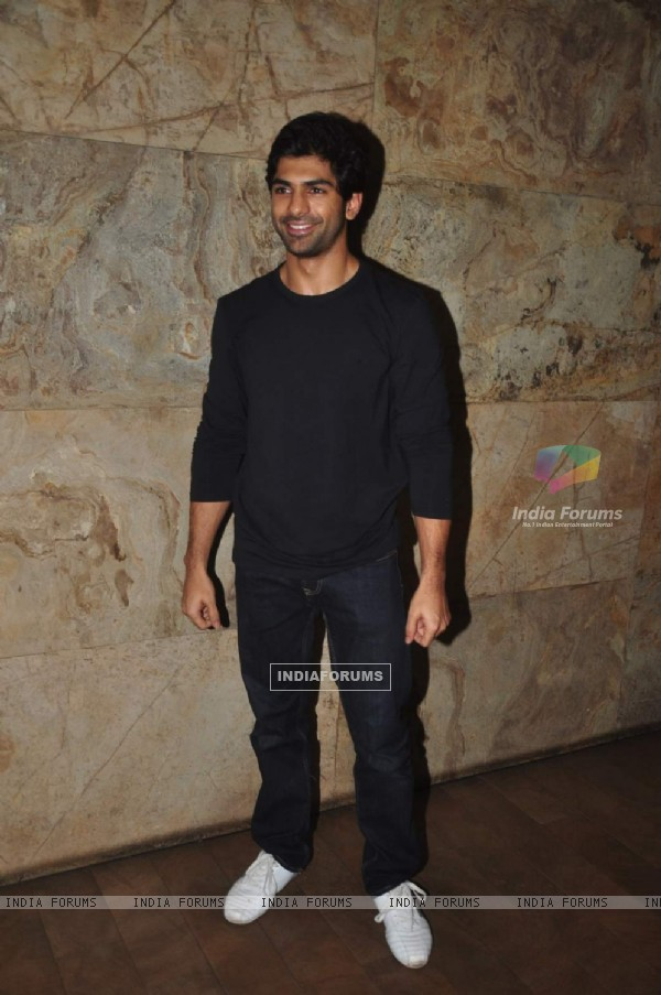Taaha Shah at Special Screening of Tanu Weds Manu Returns