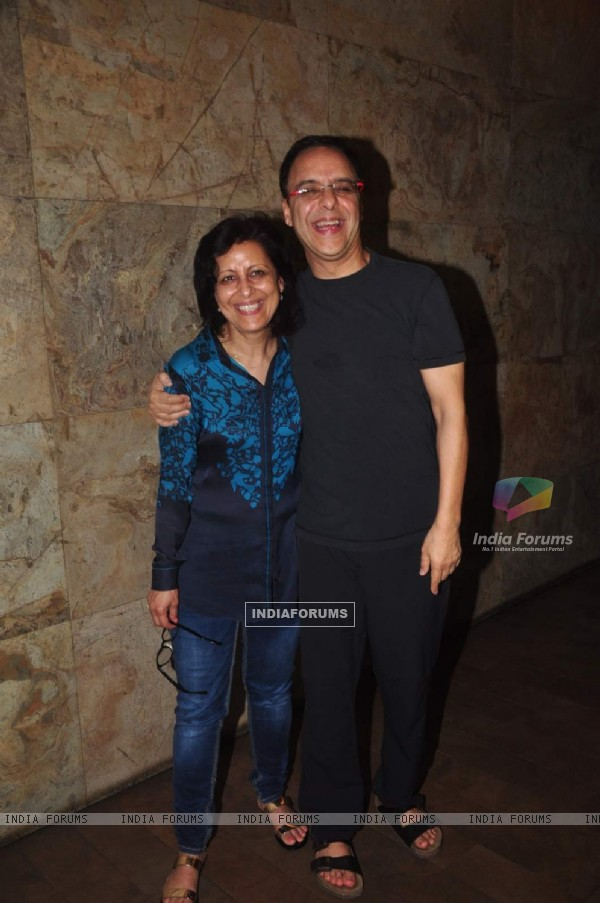 Vidhu Vinod Chopra with a Friend at Special Screening of Tanu Weds Manu Returns