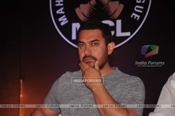 Aamir With His Serious look At Inauguration Ceremony Of Maharashtra Chess League