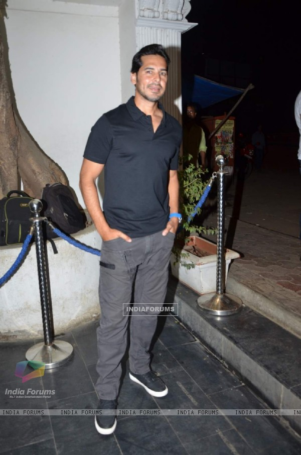 Dino Morea at Mukesh Chhabra's Birthday Bash