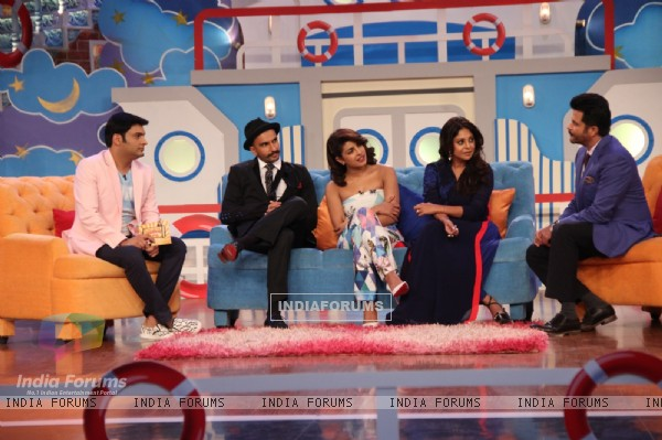 The Mehras at Promotions of Dil Dhadakne Do on Comedy Nights with Kapil