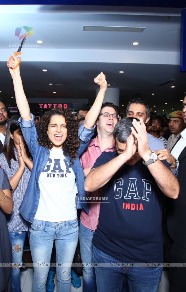 Kangana Ranaut was snapped enjoying at the Inauguration of GAP Store in India