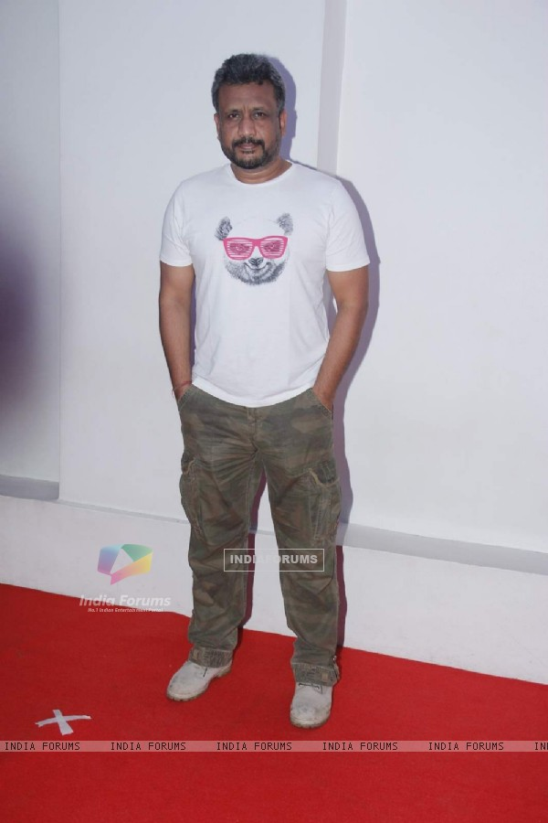 Anubhav Sinha at R. Madhavan's Birthday Bash!