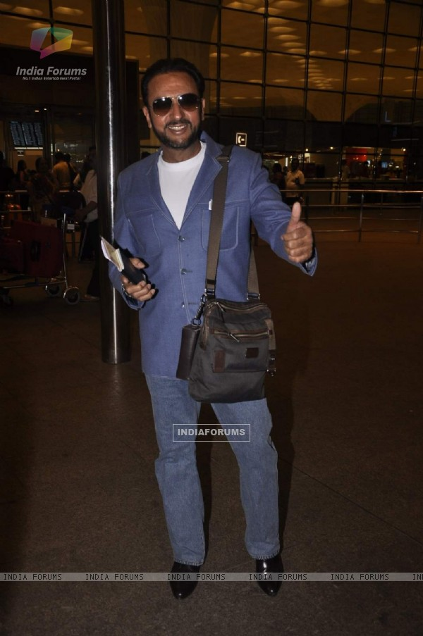 Gulshan Grover Snapped at Airport