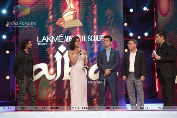 Priyanka Chopra, Vikas Bahl and Karan Johar at AIBA Awards