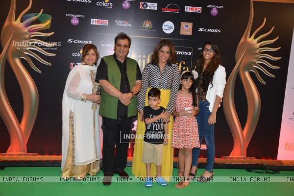 Subash Ghai With His Family at IIFA Awards