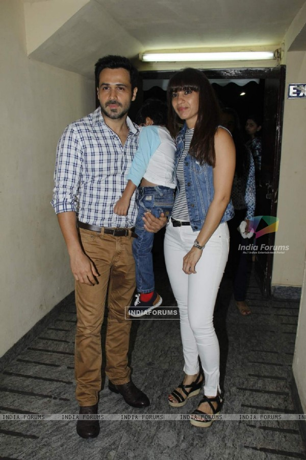 Emraan Hashmi poses with his Wife and Son at the Special Screening of Hamari Adhuri Kahani