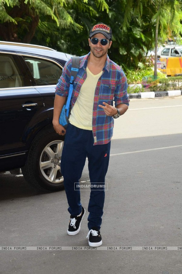 Varun Dhawan Snapped at Airport