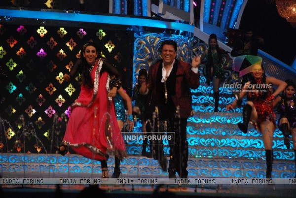 Karisma Kapoor and Govinda at ZEE DID Grand Finale
