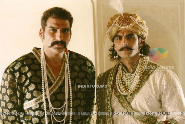 A still image of Ratan Singh and Alauddin Khilji