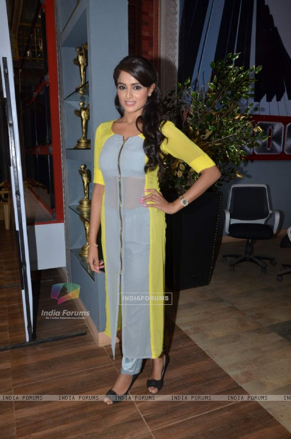 Asmita Sood at the Launch of Star Plus 'Badtameez Dil'