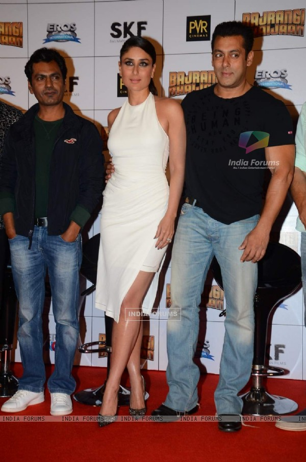 Nawazuddin, Kareena and Salman at Trailer Launch of Bajrangi Bhaijaan