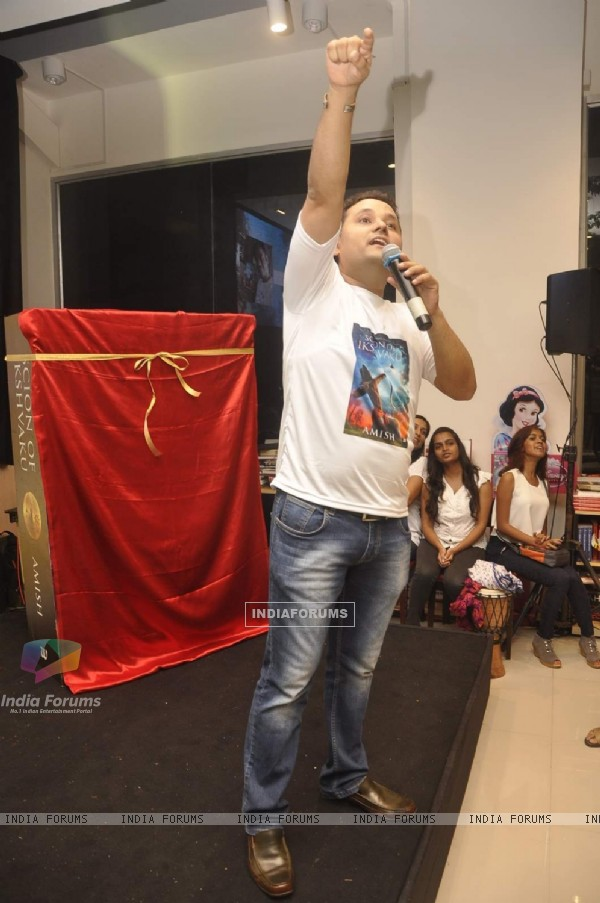 Amish Tripathi at the Launch of His Book 'Scion of Ikshvaku'