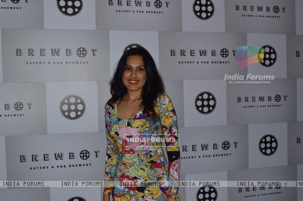 Kamya Punjabi at Brew Hot Cafe