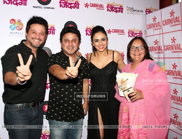 Ali Asgar, Swapnil Joshi and Amruta at Premiere of Marathi Movie 'Welcome Zindagi'