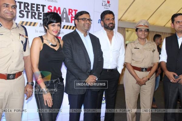Suniel Shetty and Mandira Bedi at Street Smart Street Safe Campaign