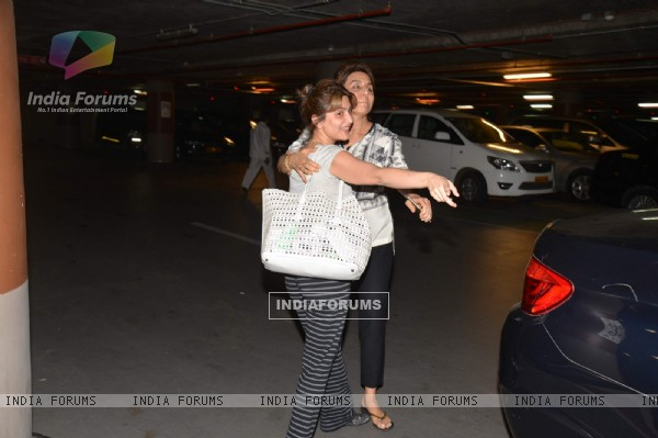 Neetu Singh and Riddhima Kapoor Sahani Snapped at Airport