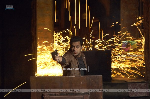 Salman Khan doing firing
