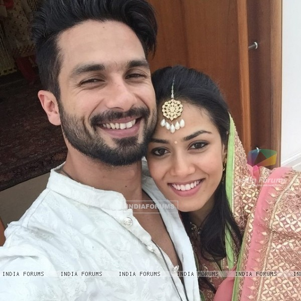Shahid Kapoor and Mira Rajput's first selfie together