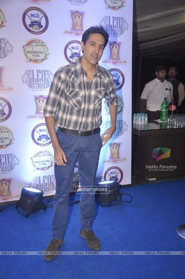 Sumeet Sachdev poses for the media at the Press Meet of Box Cricket League