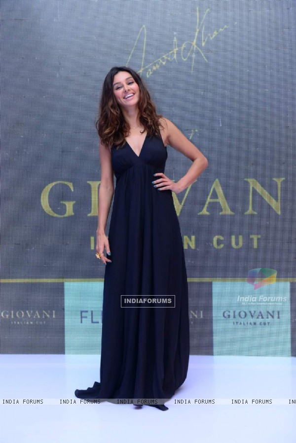 Shibani Dandekar at Giovani Event
