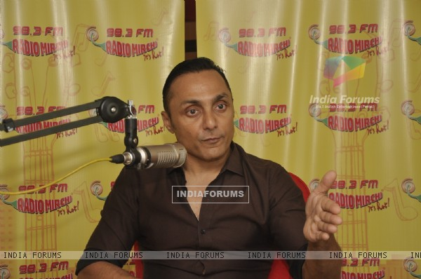Rahul Bose at Radio Mirchi!