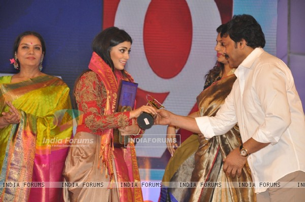 Shriya Saran and Chiranjeevi at TSR Tv9 National Awards