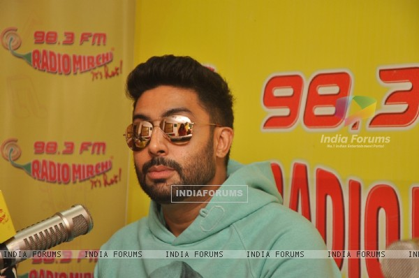 Abhishek Bachchan Promotes All is Well on Radio Mirchi