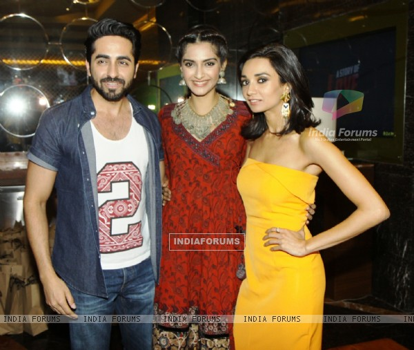 Ayushmann Khurrana, Sonam Kapoor and Ira Dubey at Premiere of Aisa Yeh Jahaan