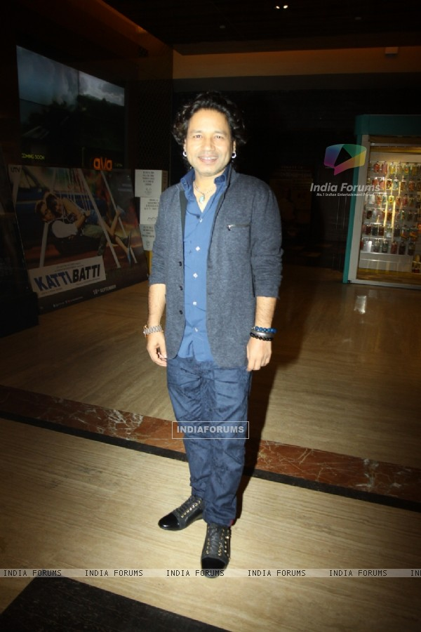 Kailash Kher at Premiere of Aisa Yeh Jahaan