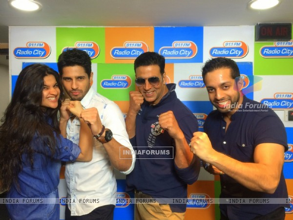 Akshay Kumar and Sidharth Malhotra With RJs at Radio City for Promotions of Brothers