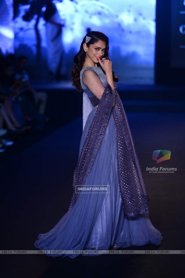 The Pretty Aditi Rao Hydari at India Couture Week - Day 3 & 4