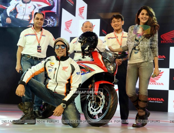Akshay Kumar and Gorgeous Taapsee Pannu at Launch of Honda CBR 650F