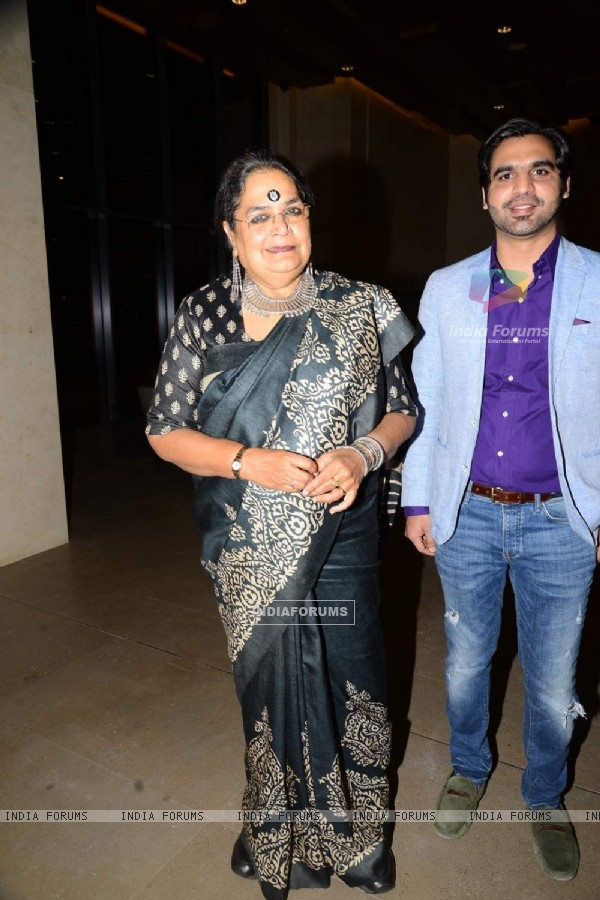 Usha Uthup poses for the media at SIIMA Press Meet