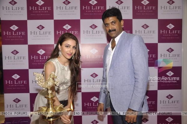 Soha Ali Khan Inaugurates Hi Life Exhibition