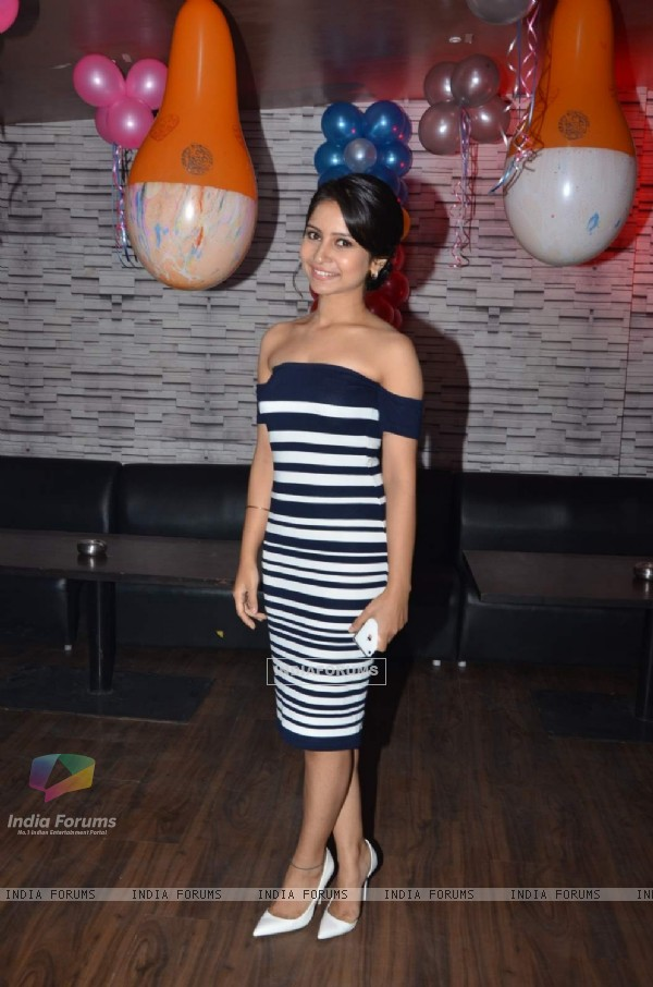 Urmi at Pratyusha Banerjee's Birthday Bash