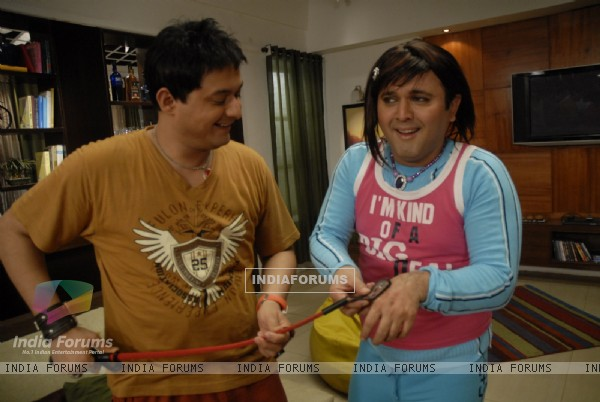 Still image of Kapil and Ali