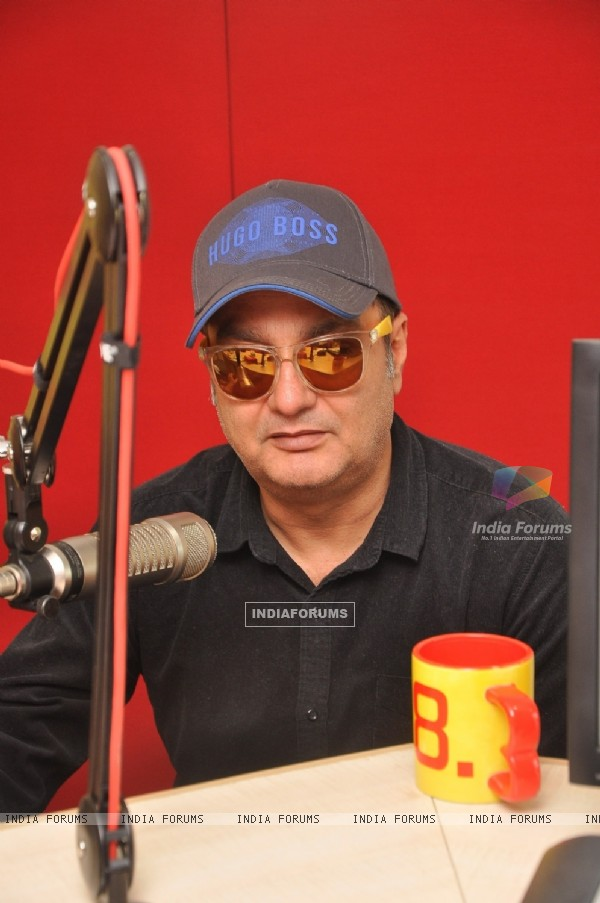 Vinay Pathak for Promotions of Gour Hari Dastaan at Radio Mirchi