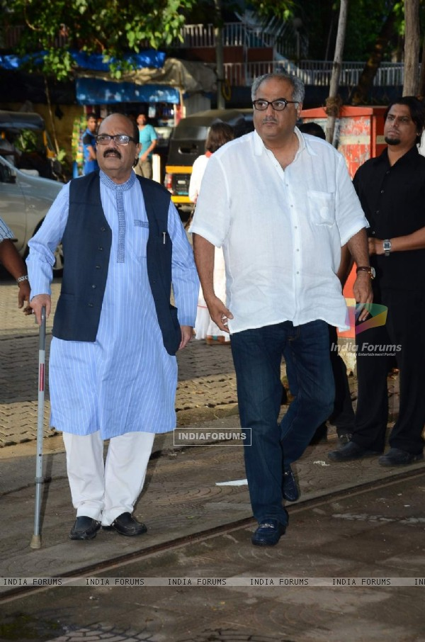Amar Singh and Boney Kapoor at Prayer Meet of Shraddha Kapoor's Grandfather