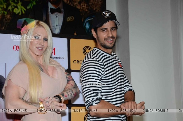 Sidharth Malhotra at Healthy Kitchen Book Launch