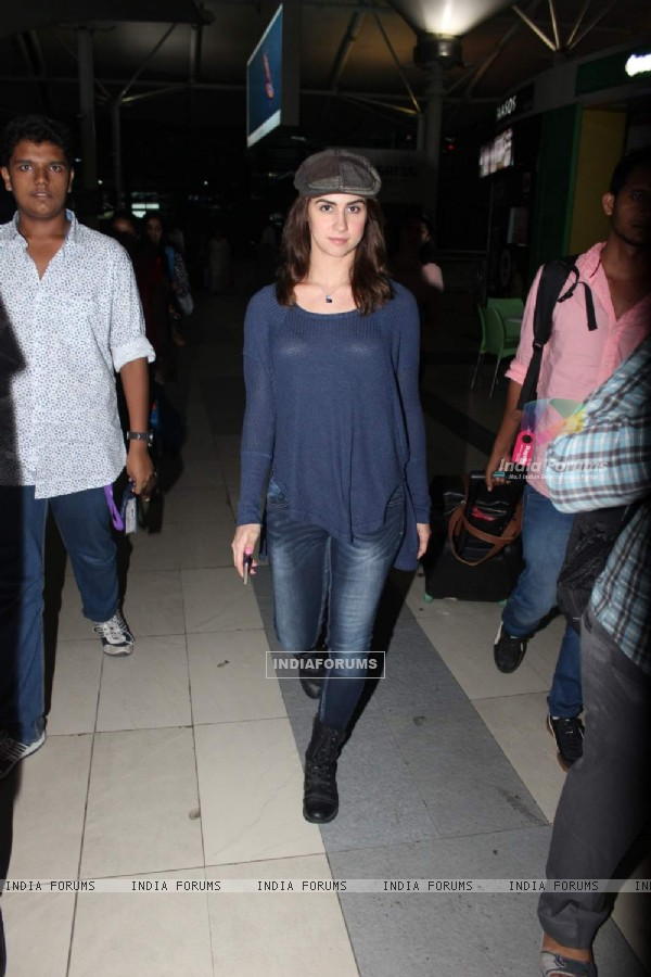 Lauren Gottlieb Snapped at Airport