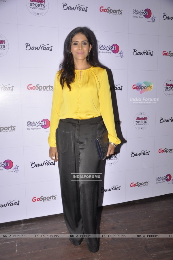 Sonali Kulkarni at SMAAASH Launch