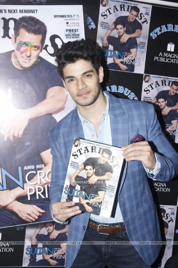 Sooraj Pancholi at Stardust Cover Launch