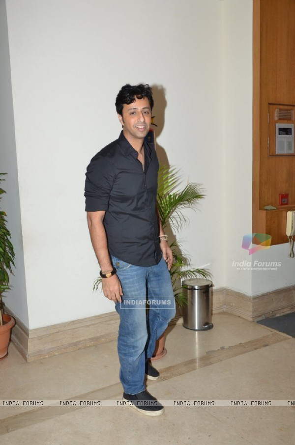 Salim Merchant poses for the media at Suresh Wadkar's Birthday Bash