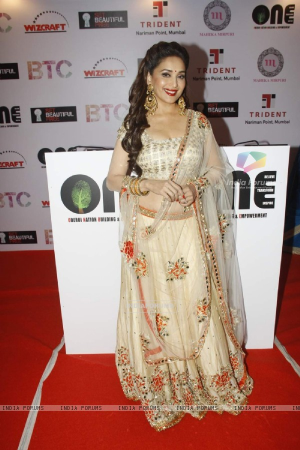 Madhuri Dixit Nene at Vivek Oberoi's Charity Event