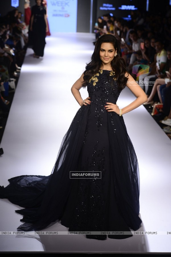 Esha Gupta at Lakme Fashion Week Day 5