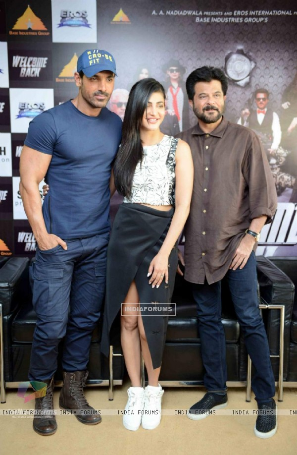 John Abraham, Shruti Haasan and Anil Kapoor for Promotions of Welcome Back at Delhi