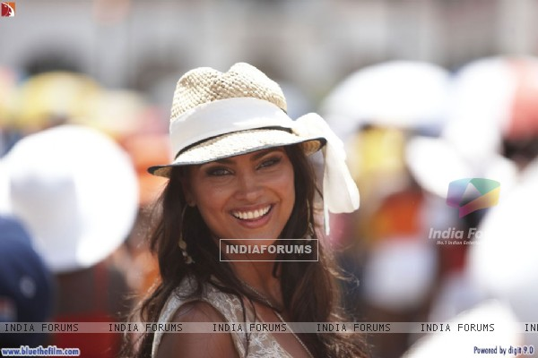 Lara Dutta looking marvellous