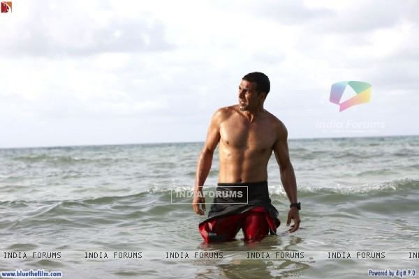 Akshay Kumar looking hot